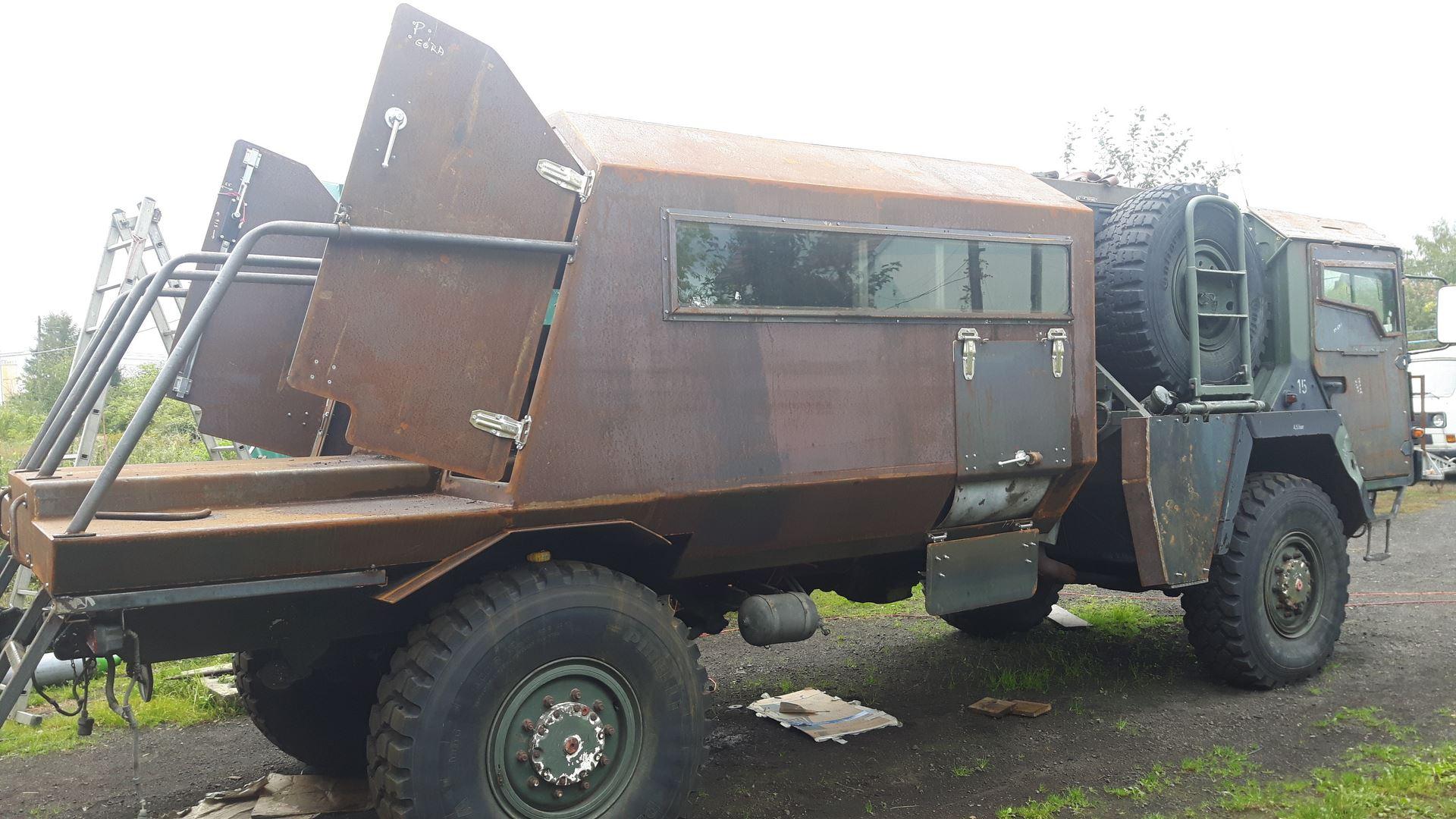 zabezpieczenie antykorozyjnego starego samochodu wojskowego sml